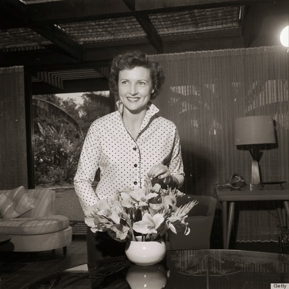 35 Rare and Fabulous Vintage Photos of Betty White ...