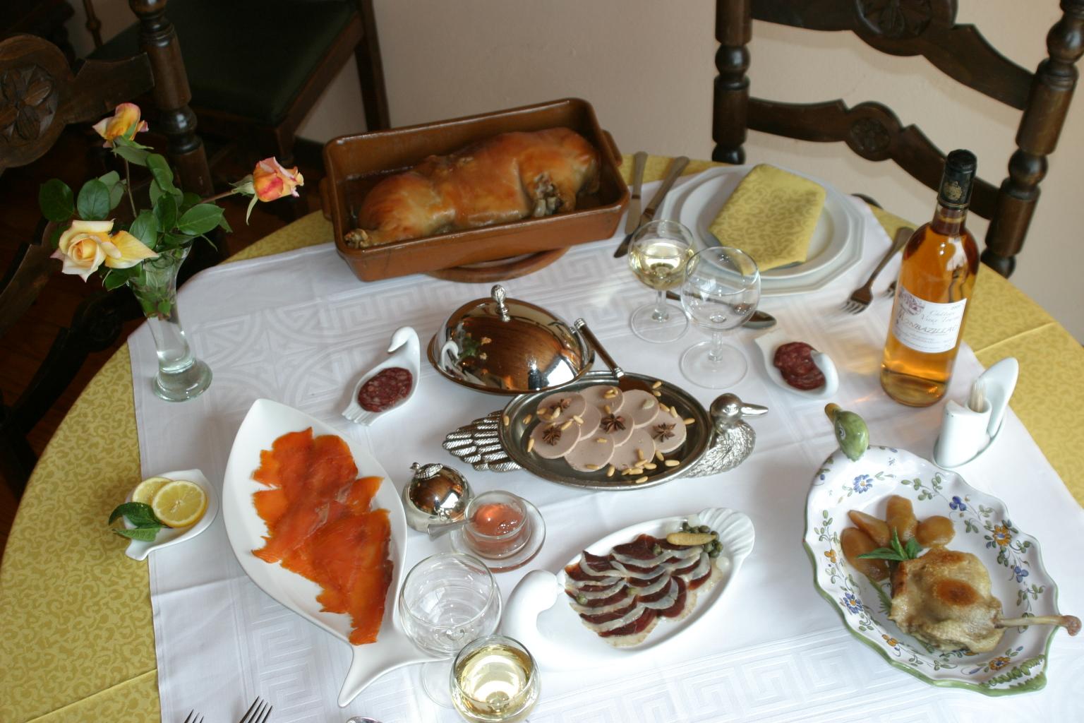 Carta de raciones de lo mejor del pato en la posada de for Entrantes tipicos franceses