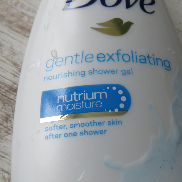 DOVE_Gentle_Exfoliating_sprchovaci_krem