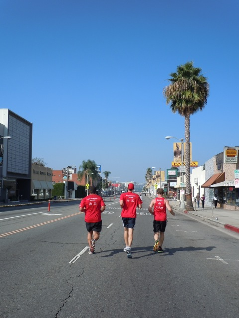 T2 runners AIDS Walk LA