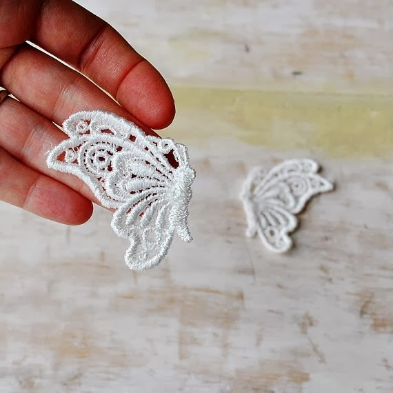 https://www.etsy.com/listing/156204594/ivory-butterfly-venice-lace-appliques?ref=favs_view_6