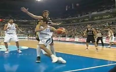 Σαν σήμερα η Εθνική μπάσκετ το σήκωσε στο Βελιγράδι  και η ΕΣΚΑΝΑ απένειμε τιμητικά διπλώματα σε όλους τους πρωταγωνιστές
