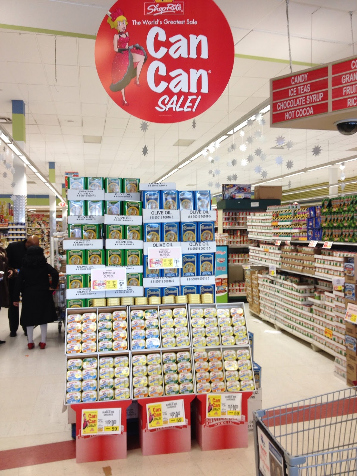 Shoprite can can sale 2015 - A 2013 Can Can Sale Display At The Shoprite In Englewood