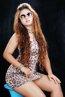 Myanmar sexy model Zun Khin Zar