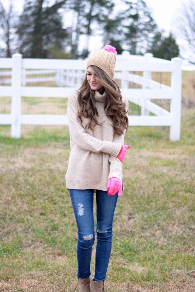Winter look… cute beanie!