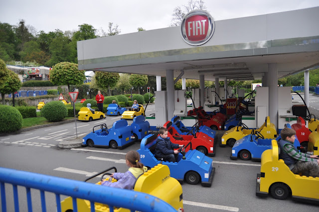 Windsor+Legoland+Fiat+children+driver+cart