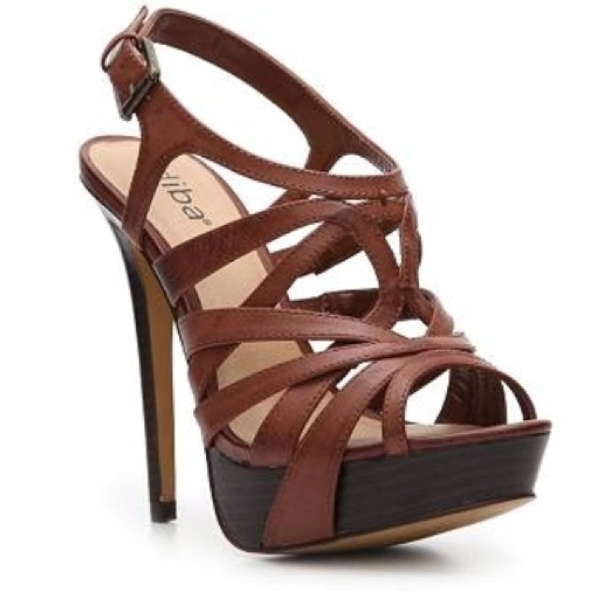 Adorable Strappy Heels For Summer