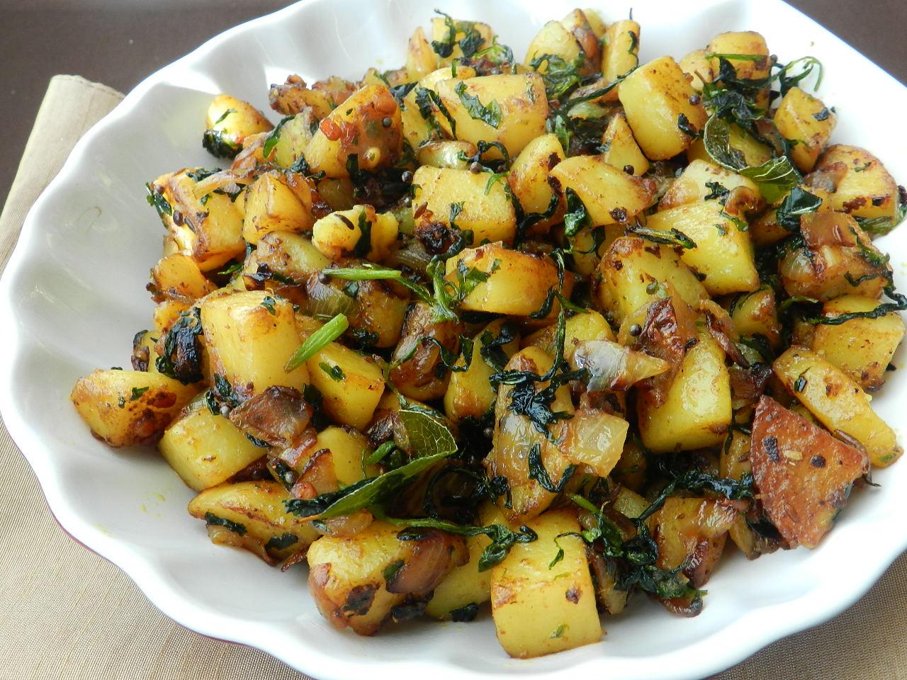 Raajis kitchen: Methi potato fry