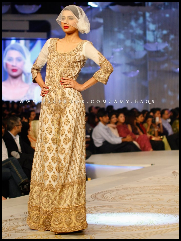 Hsy Bridal Collection 2013 http://myipedia.blogspot.com/2013/04/hsy-collection-at-pantene-bridal.html