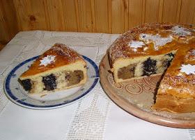 Ünnepi vaniliás bejgli torta.