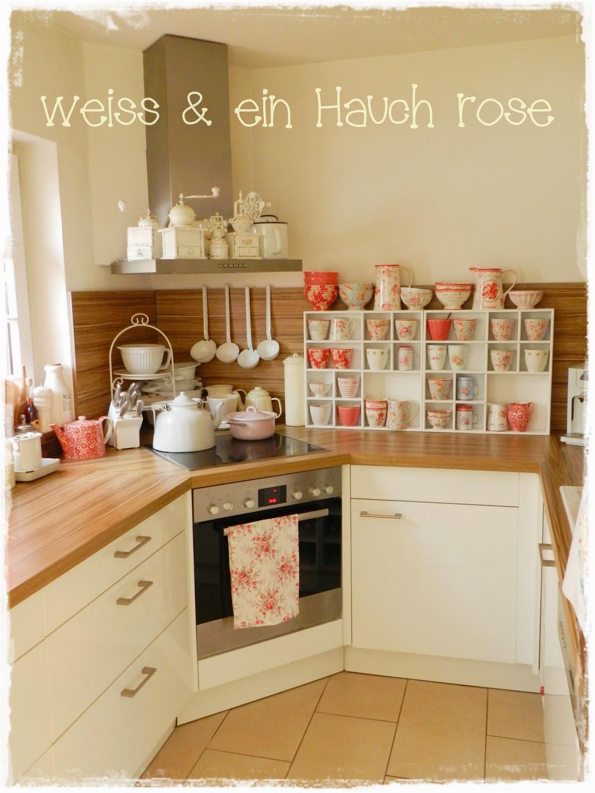 weiß & ein Hauch rosé: Greengate in der Küche...