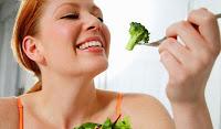 Kadınların Mutlaka Tüketmesi Gereken Yiyecekler