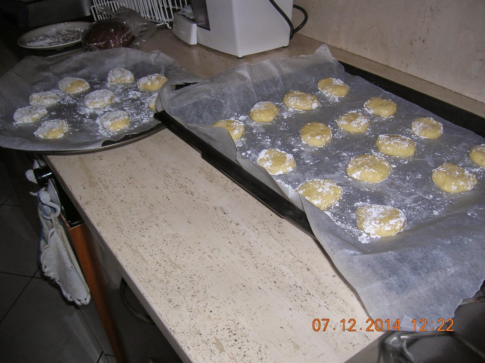 biscotti  al  limone - biscotti per colazione senza  uova e burro.. grisbi  farciti con nutella