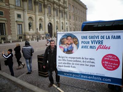Ο Γάλλος Πατέρας THIERRY LUCAS ξεκίνησε Απεργία Πείνας