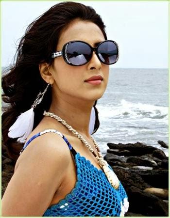Model+Bidya+Sinha+Saha+Mim001