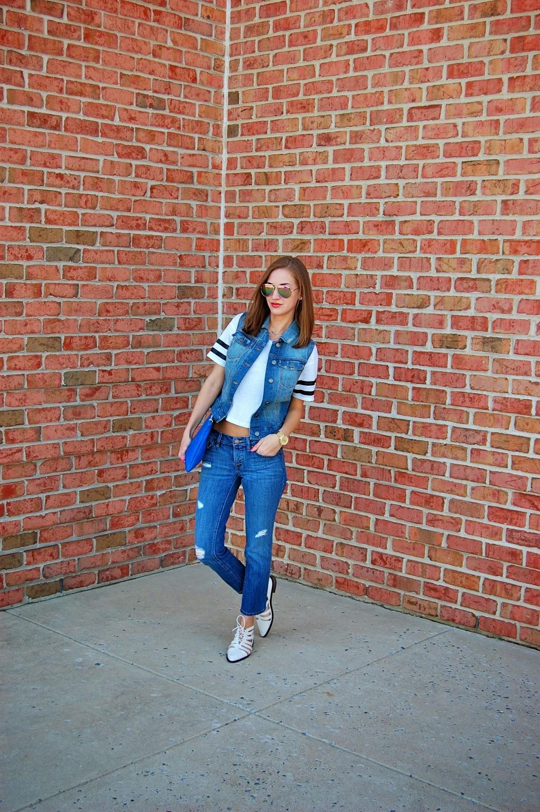 Denim Vest, American Eagle crop top, loft boyfriend jeans, forever21 sleek cutout oxfords, zara feeling lucky clutch