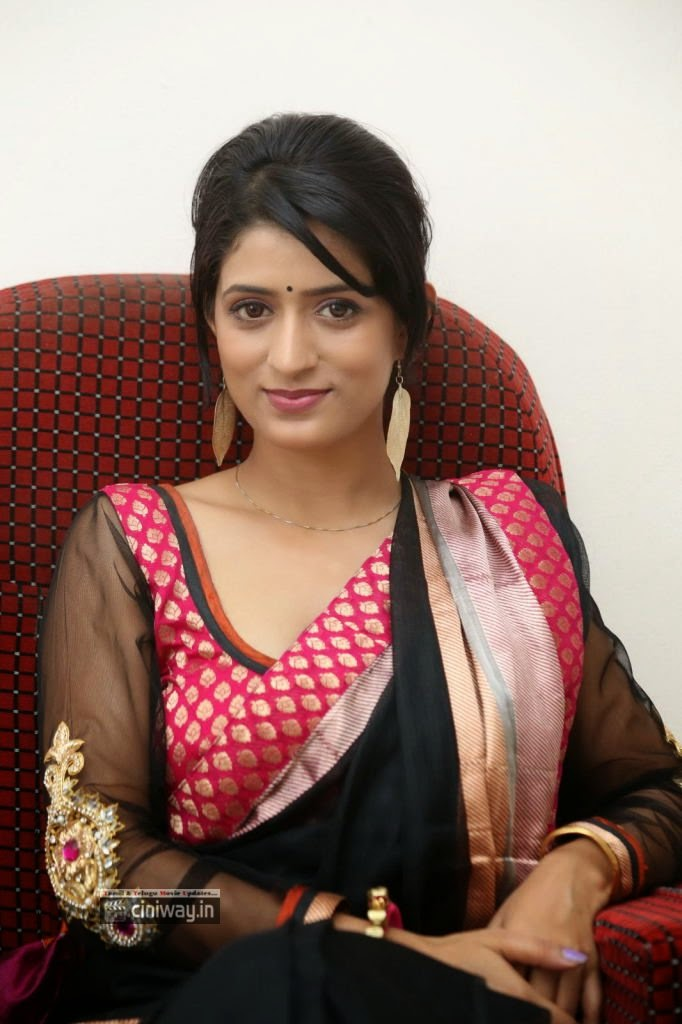 Nidhi-Nautiyal-Latest-Stills