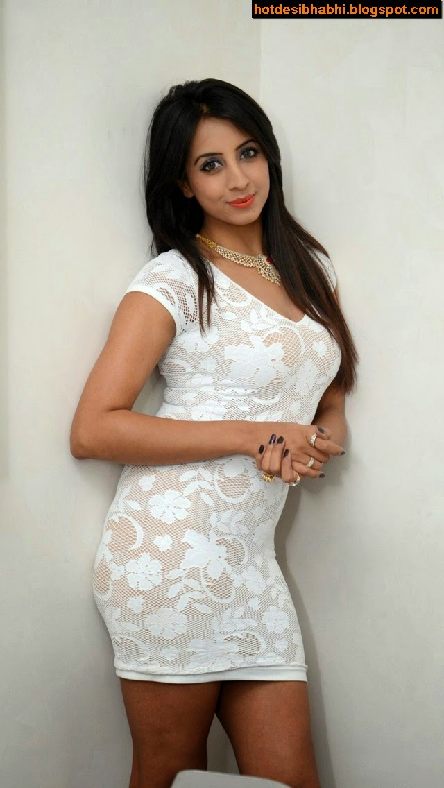 Sanjjanaa Latest Sexy Pictures