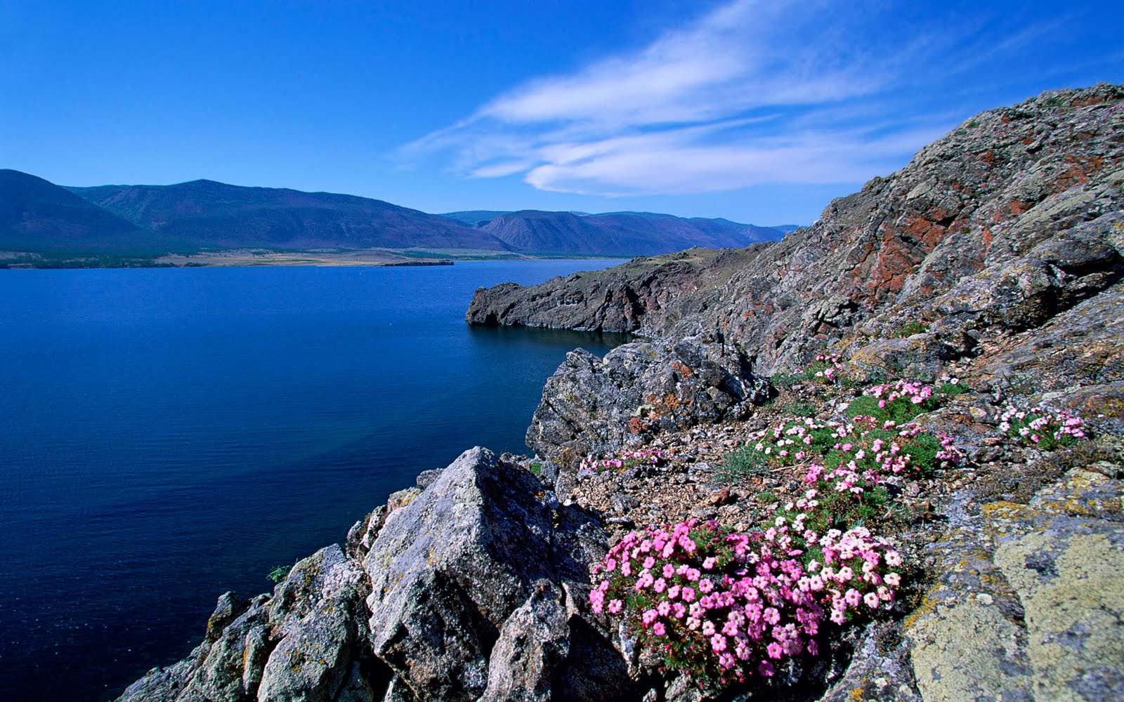 http://1.bp.blogspot.com/-CN0-epF7NFs/TwL5fwlRMwI/AAAAAAAABas/tDOeXwvPTU4/s1600/russia-wallpaper-hd-7-706851.jpg