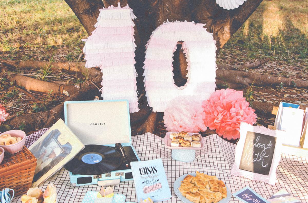 picnic festa ao ar livre frutas comemoracao 10k instagram