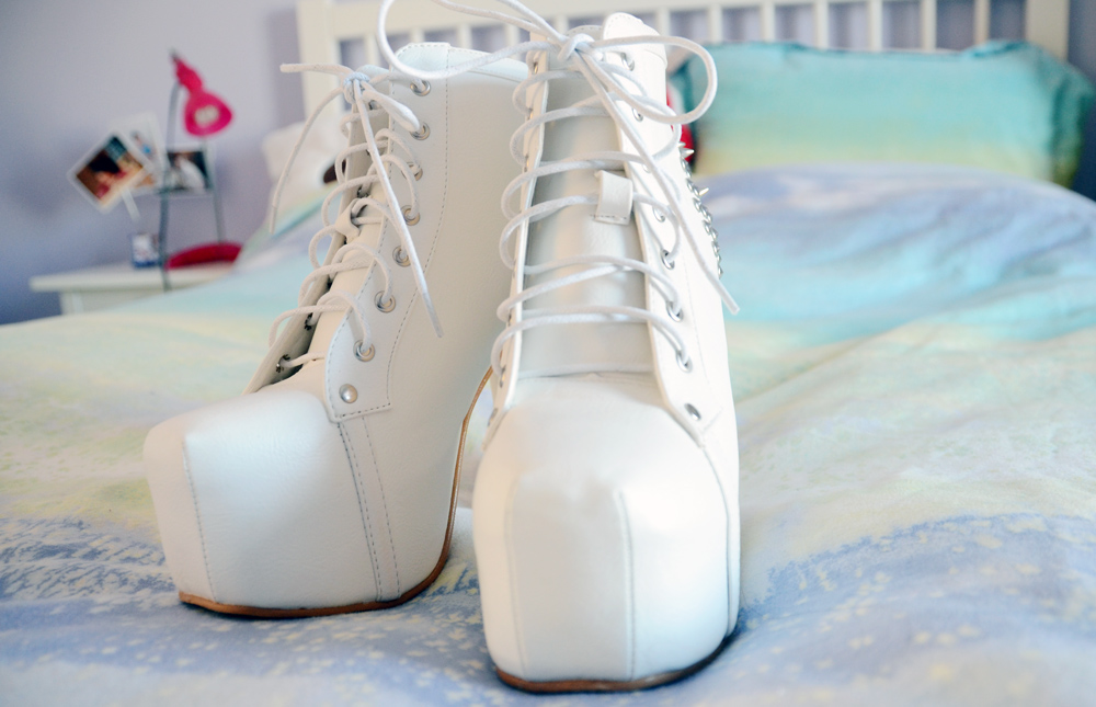 These white spiked booties are very similar to Jeffrey Campbell's Lita Spike platform shoes, but are much more affordable.