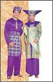 Pakaian Adat Tradisional Padang Sumatera Barat