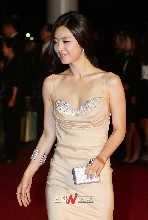 Hong Soo Ah (홍수아) - 16th Busan ​​International Film Festival (BIFF 2011)