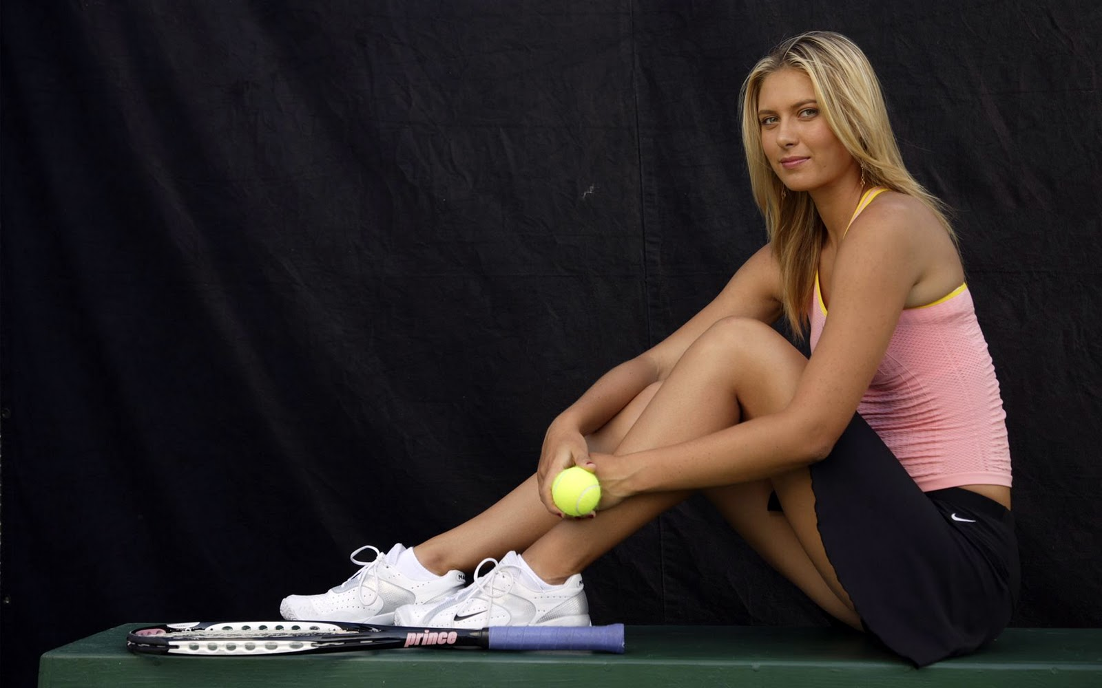 Saria Sharapova Tennis Wallpaper