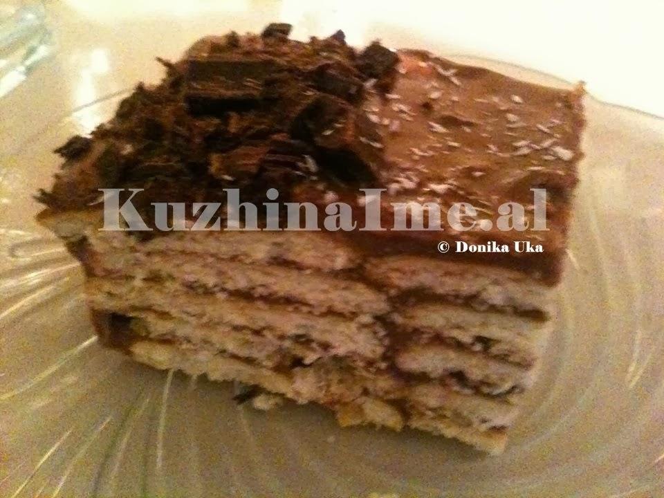 Torte me keksa (Receta nga Donika Uka)