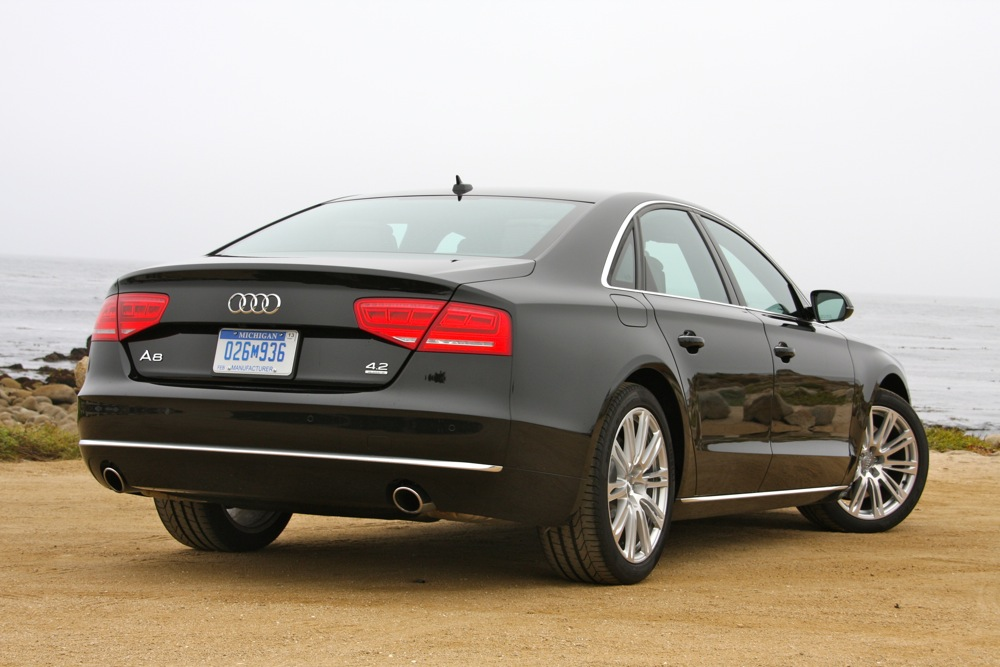 2011 Audi A8 HD WALLPAPER