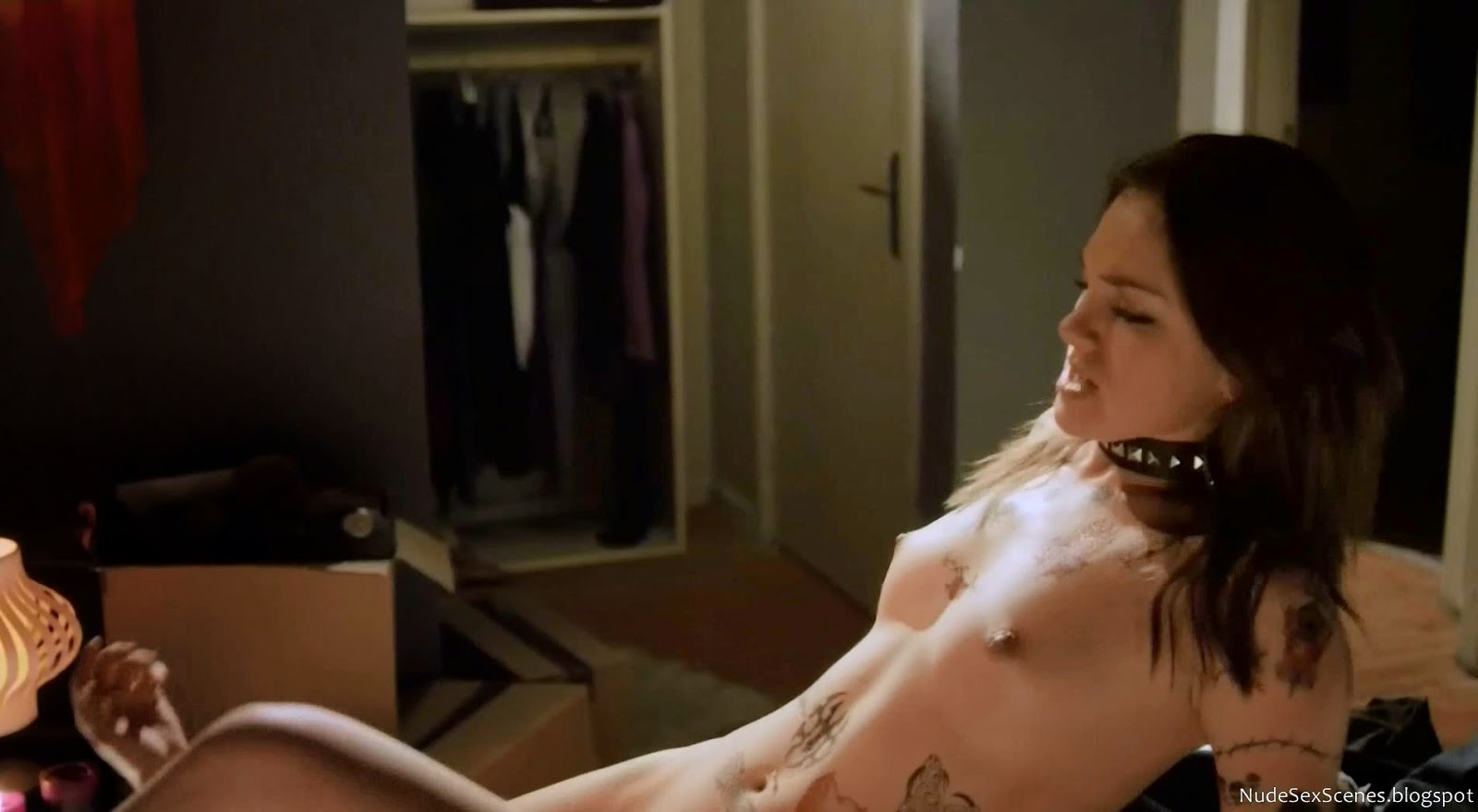 Tessa Harnetiaux gets screwed while shoeing her nude body with full of fake tattoos in Girl's Guide to Depravity Season 2 Episode 2 (2013) - The Do Me Rule