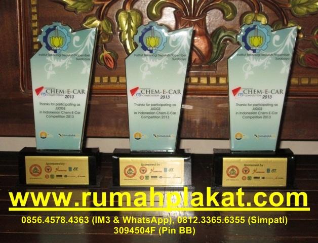 akrilik dinding surabaya, frame acrylic dinding, Poster Akrilik Dinding, 0856.4578.4363, www.rumahplakat.com