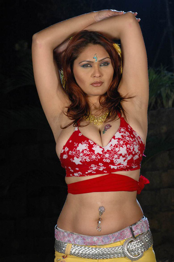 aishwarya-durgal huge