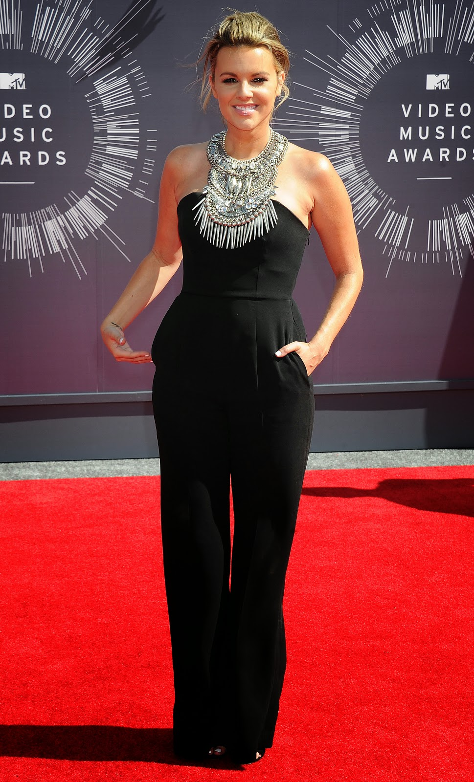 HD Wallpapers - Ali Fedotowsky HD Photos of MTV Video Music Awards Photos and Golden Globe Awards