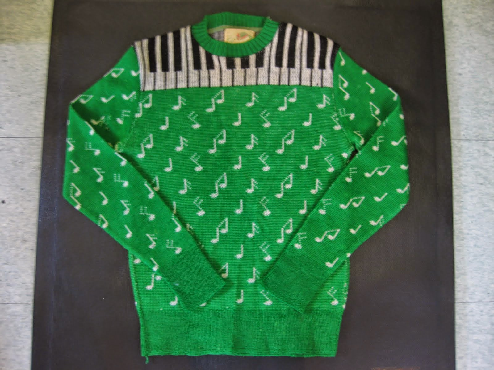 50's PIANO&音符 柄 KNIT                 SIZE:S