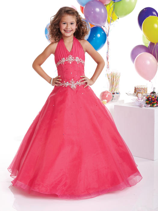 red juniros dress for different parties