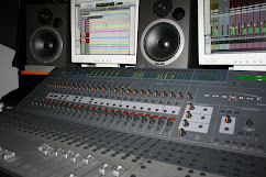Console mixaggio Avid