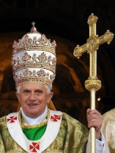 El Papa y los Zombies !!