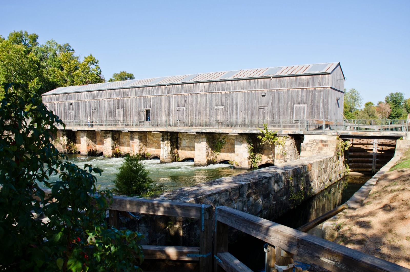 http://1.bp.blogspot.com/-CObn0DJBP28/TpP4J_ovGCI/AAAAAAAAAo0/2cipocDMrRg/s1600/Augusta+Canal+Gatehouse.jpg