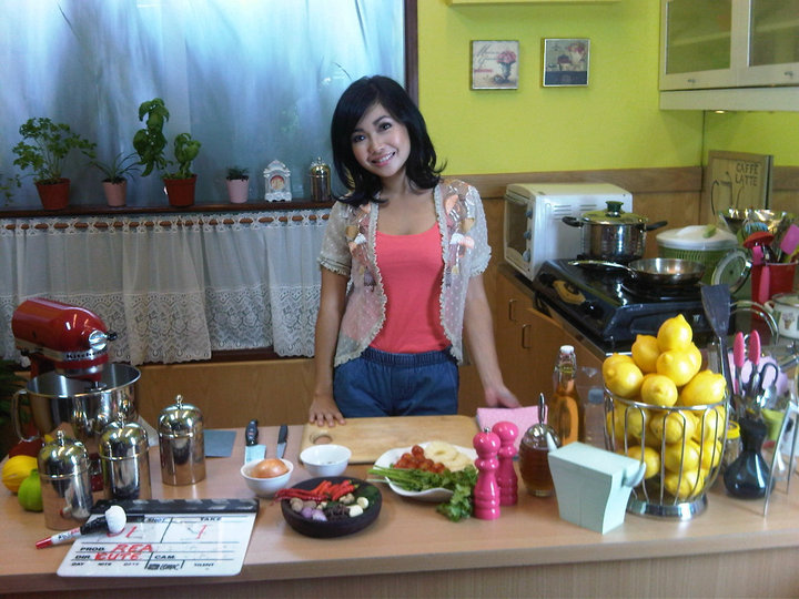 Juri Master Chef Marinka Serem Gan Tapi Cantik Hot Sexy Pic