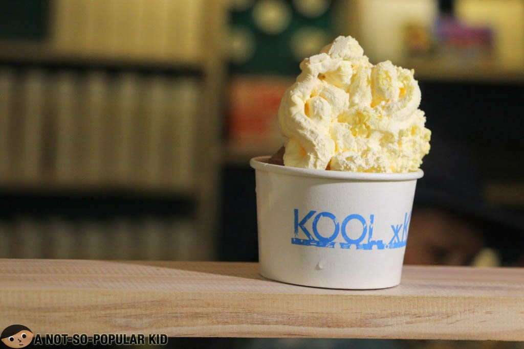 Liquid nitrogen mooncake-inspired ice cream of Kool Kidz