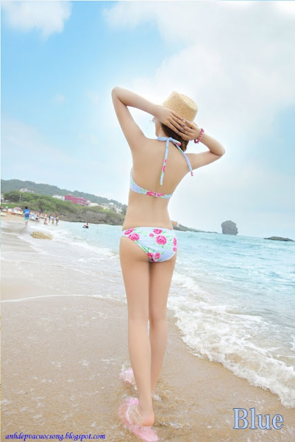 Ảnh hotgirl tuổi teen xinh đẹp với bikini