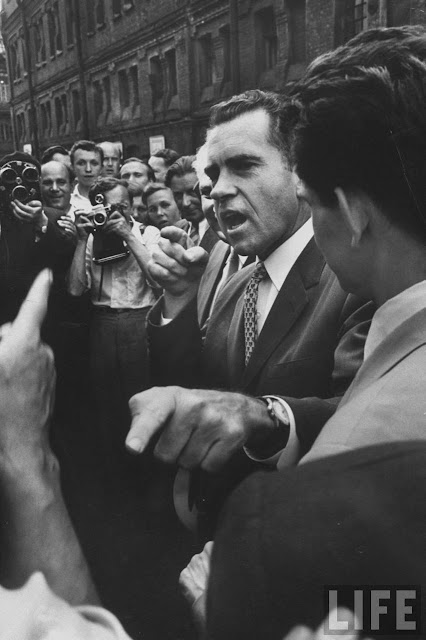 "in   #onthisday #otd #history #RichardNixon<img src=""img/htl.jpg"" alt=""Logo"" style=""width:50px;height:30px;"">"
