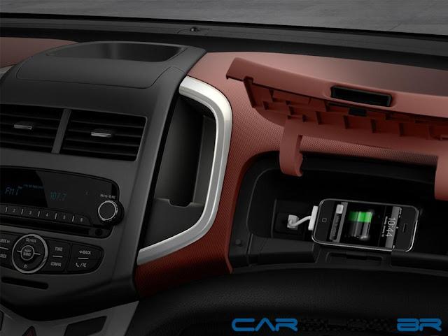 Chevrolet Sonic 2013 porta - luvas