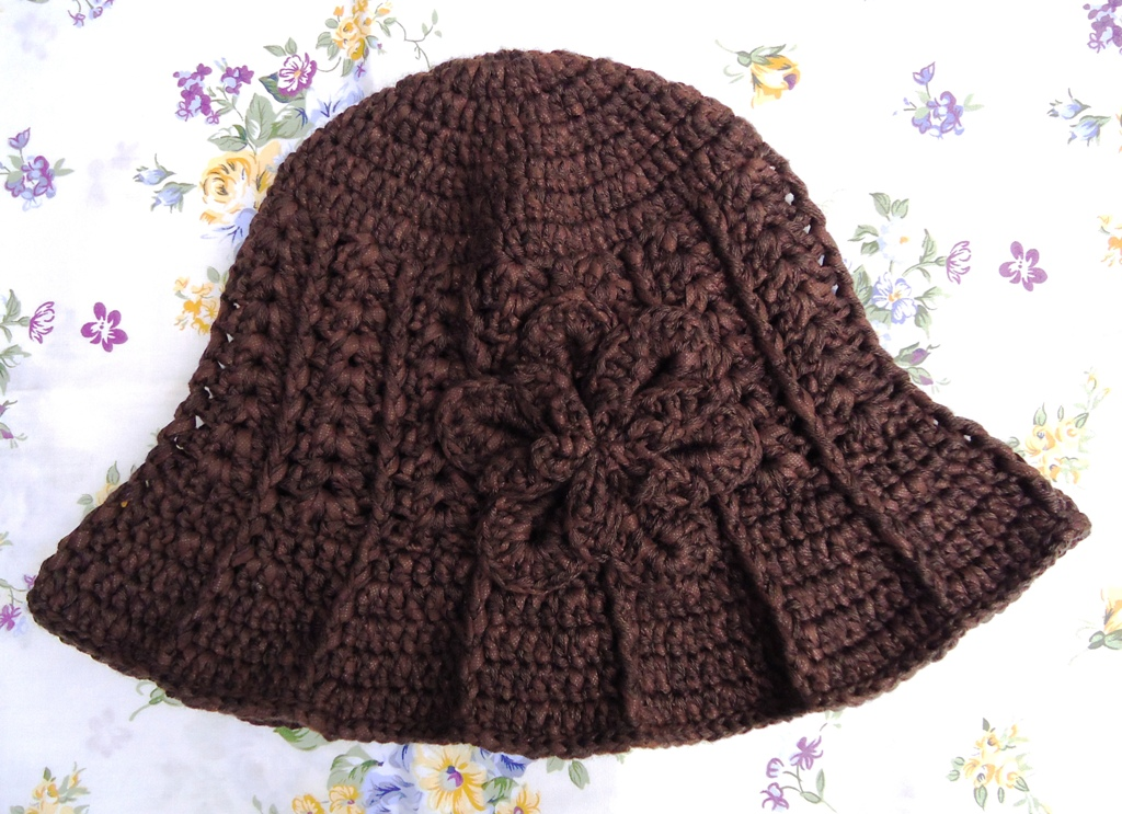 Free Crochet Pattern For Winter Hat : Stitch of Love: Pattern For My Ridge Hat With Brim