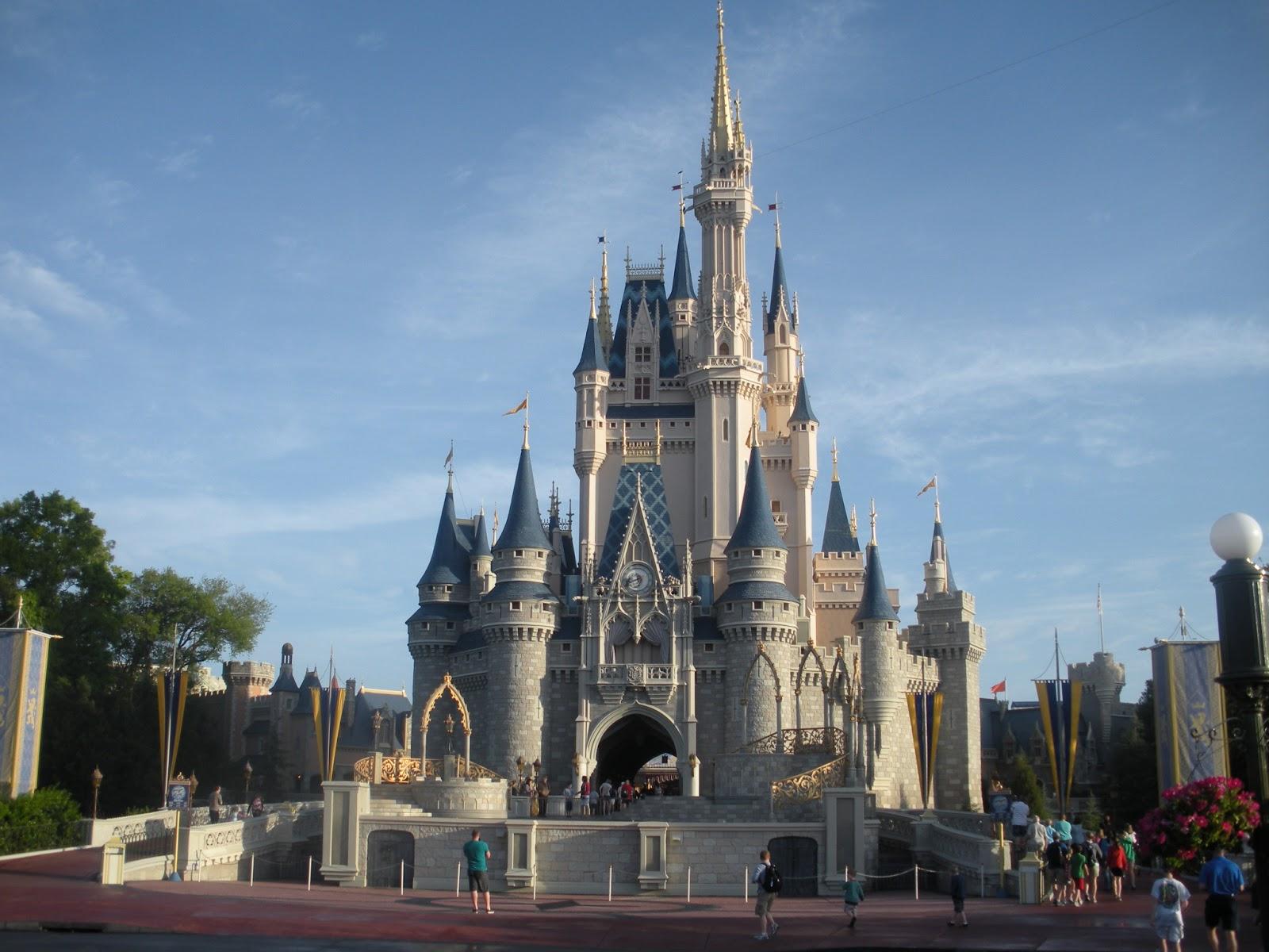 Moderno La Página Para Colorear De Disney Castle Galería - Dibujos ...