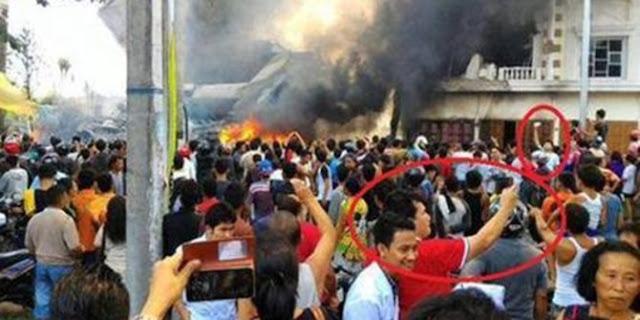 Pesawat Jatuh Di Medan