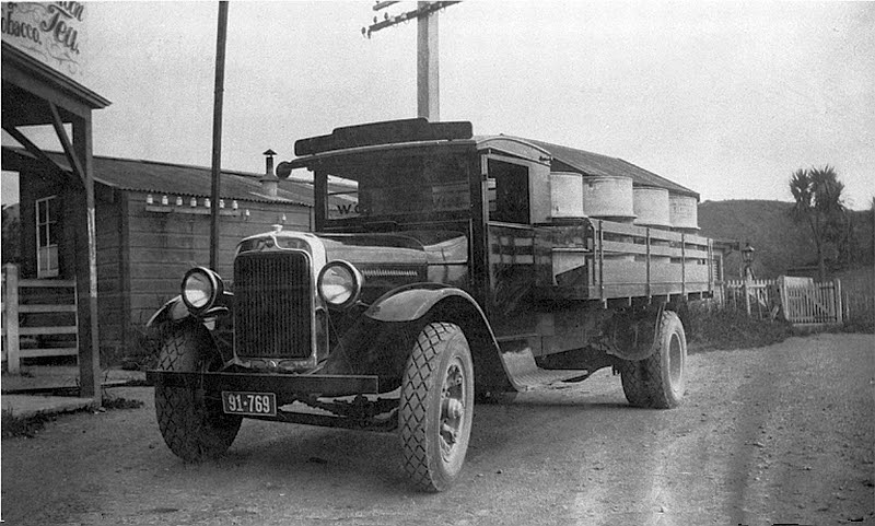 Transpress Nz Old Leyland Vehicles On The Kapiti Coast