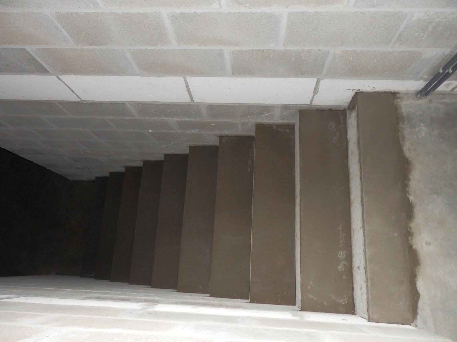 Notre maison constuction avec t p vcm et escalier de la - Peinture speciale escalier ...