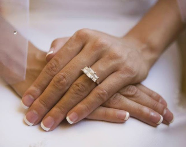 Woman Marries Herself After Getting Fed Up With Being Single